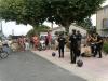 Le groupe Happy Feet ouvre le festival pour les habitants de Cruis.